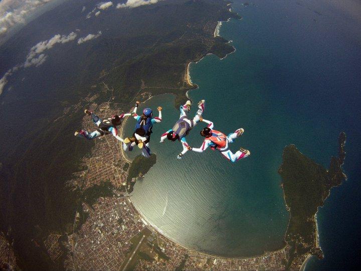 Ubtauba-SP. Salto Paraquedismo.jpg