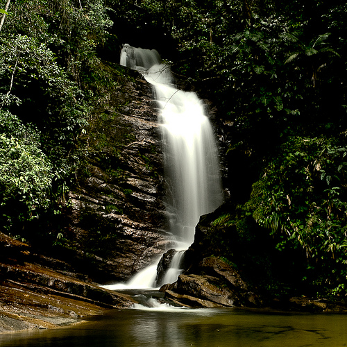 Cachoeira do Ipiranguinha_Ubatuba-SP..jpg