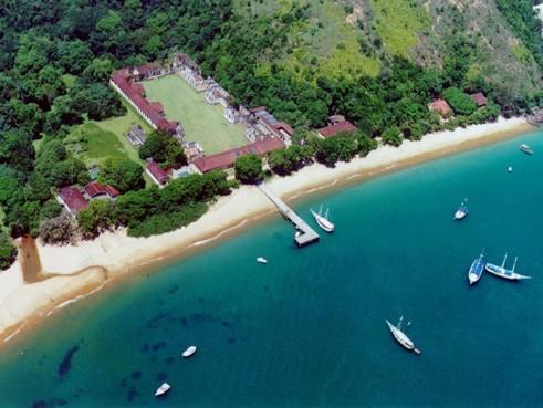 Ilha Anchieta Peer_Ubatuba-SP..jpg
