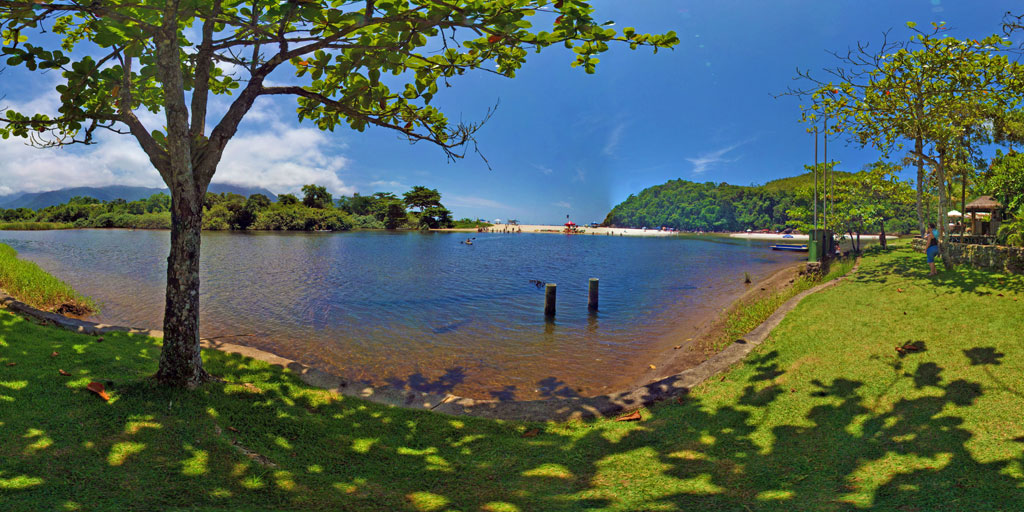 Praia de Itamanbuca rio-Ubatuba-SP..jpg
