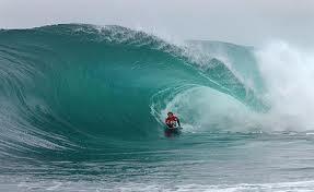 Surf_Ubatuba-SP_images.jpg