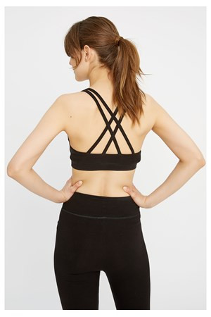 What to wear to yoga- a guide for women