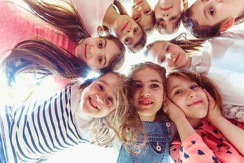 kids gathered together in a group pictur