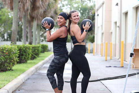 1822 Fitness Personal Trainer Gym Group