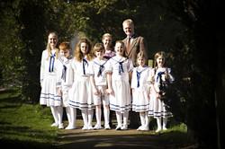 Cpt Von Trapp, Maria & Children