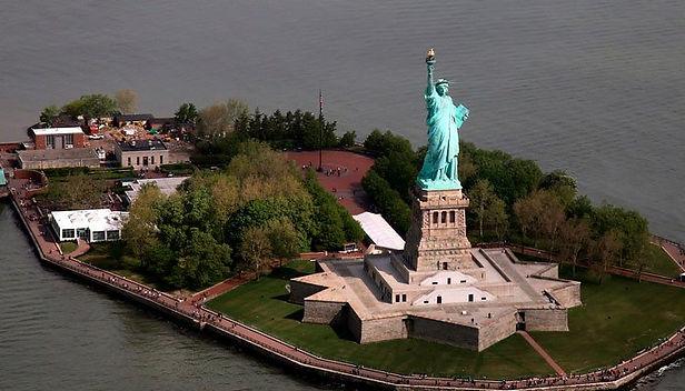 Estatua de la Libertad de Nueva York reabrió sus puertas