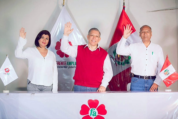 Frente Amplio logra inscripción de su plancha presidencial