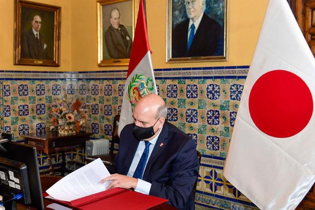 Perú y Japón firman un canje de notas sobre cooperación financiera no reembolsable