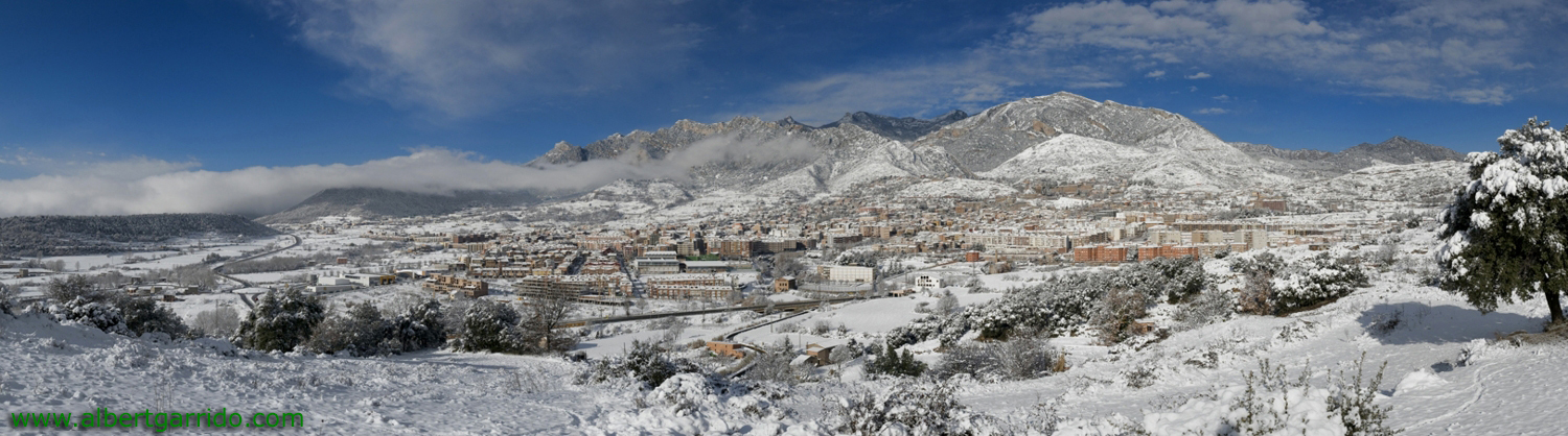 Panoramic view of Berga snowfall