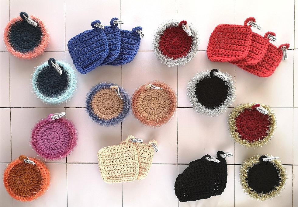 Tawashi grattants doubles-faces et tawashi absobants fait au crochet à Rennes. Ils sont 100% recyclables!