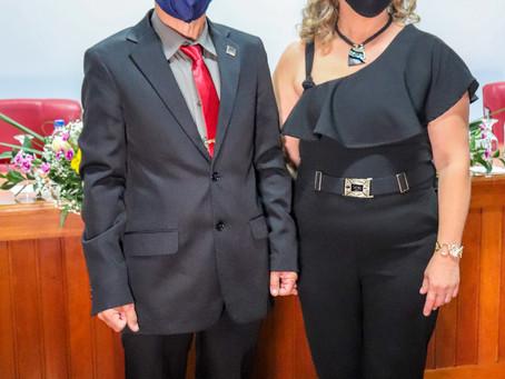 Cerimônia de recondução de cargo do prefeito reeleito Clauro Josir de Carvalho.