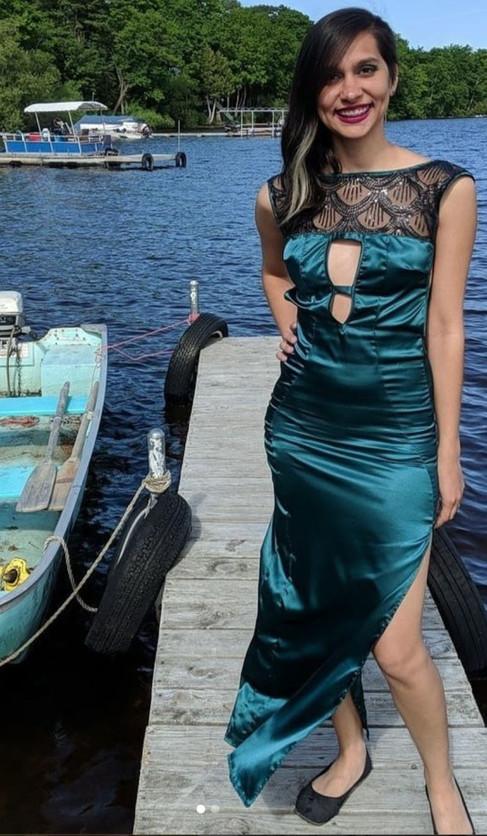 gown-2_1_orig.jpg