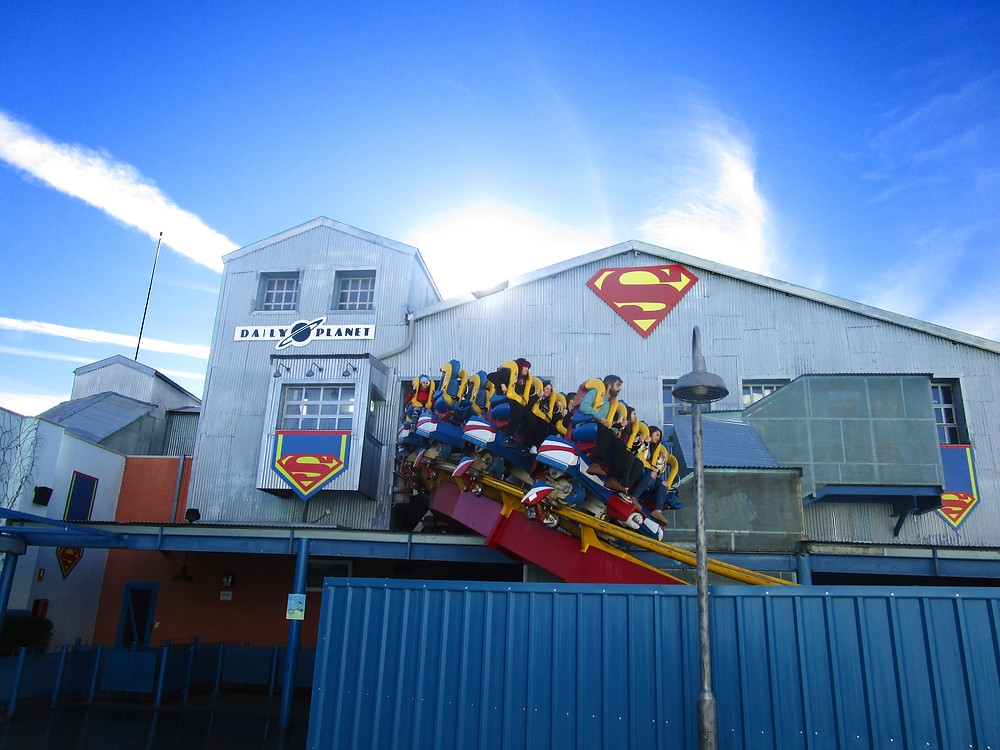 Superman ride at Parque Warner Madrid