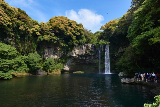 Cheonjiyeon Falls (By JIPEN)