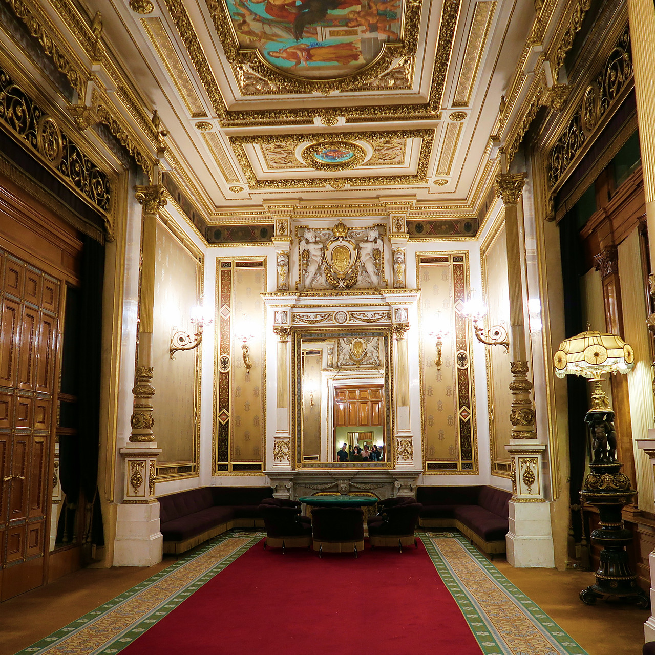 Vienna's Operahouse (Wiener Staatsoper)