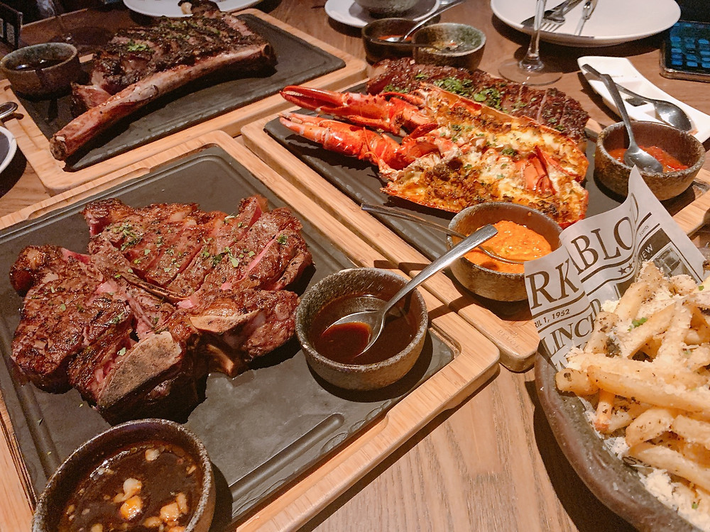 Opus Bar and Grill Steakhouse at Hilton Hotel Singapore