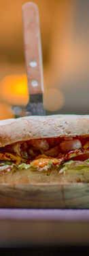 Sandwich de Pollo con Queso Fundido