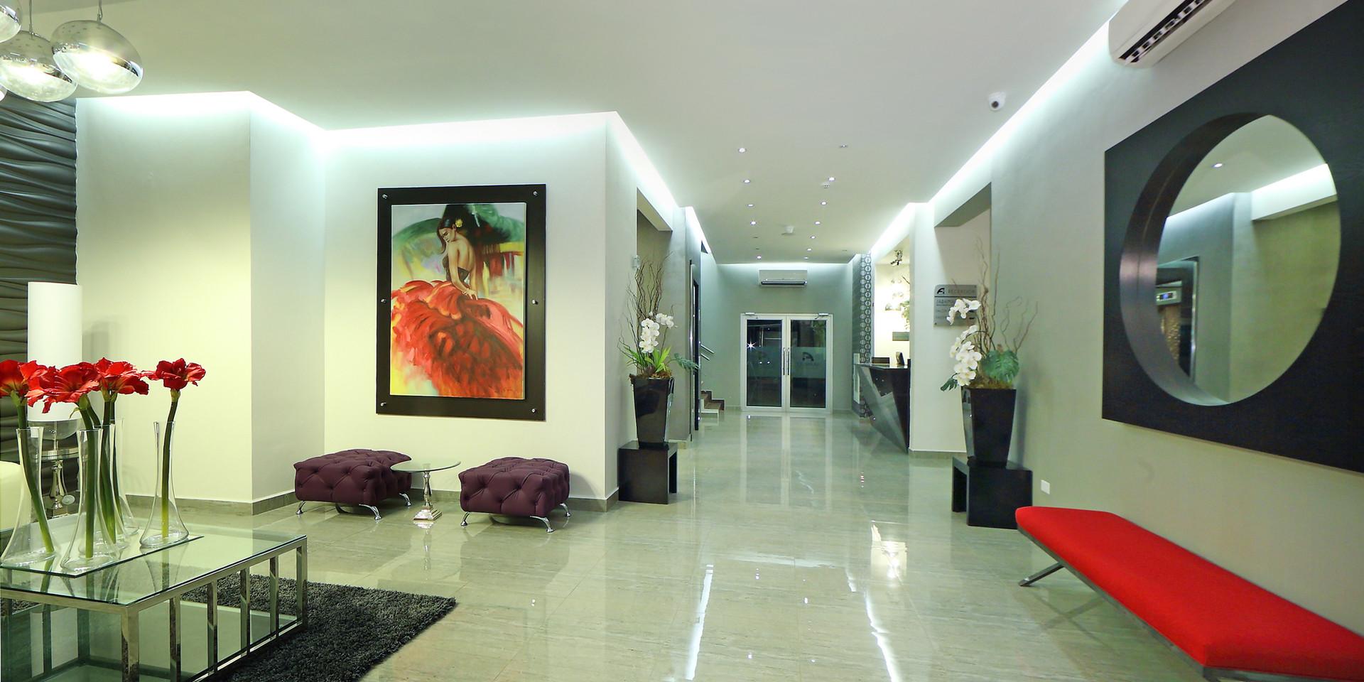 Lobby and reception of Hotel Aranjuez
