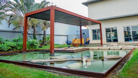 Lagos simétricos: equilíbrio entre arquitetura e paisagismo