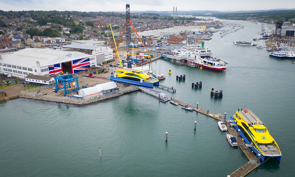 Ultrama lightweight fast ferry lifted into water at Wight Shipyard