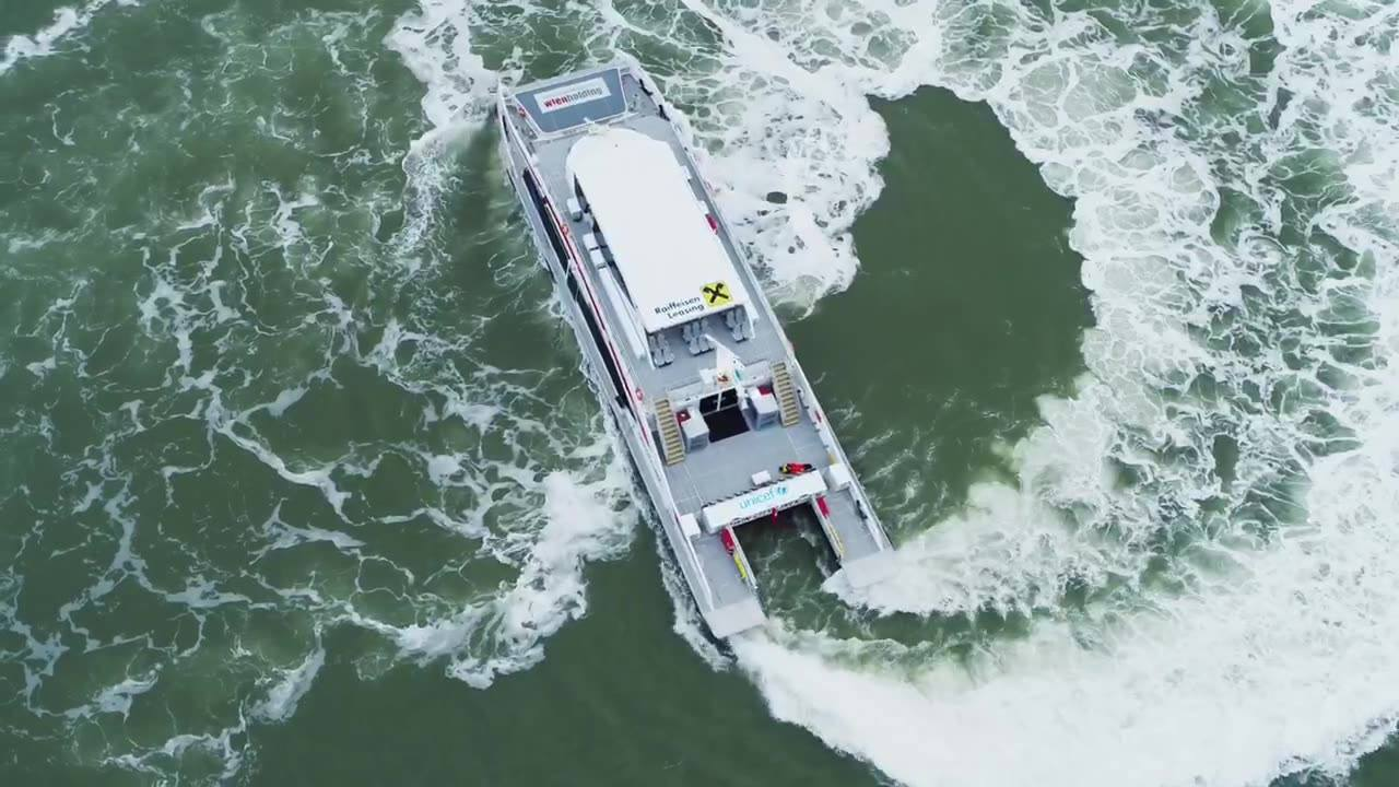 Great footage of our latest successful delivery for Twin City Liners #FastFerry #Shipbuilding
