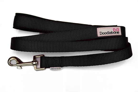 Doodlebone Bold Padded Dog Lead in Black