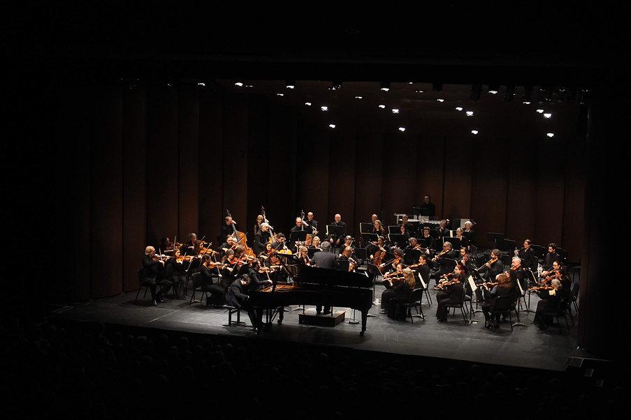 Les Grands Concerts.JPG