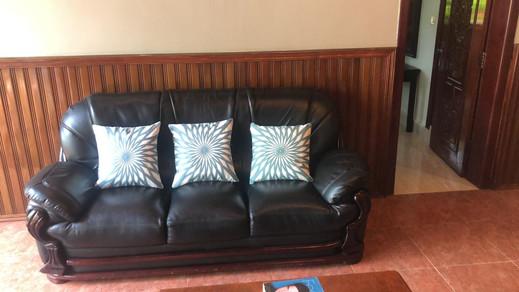 Lounge2.jpeg