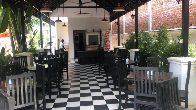 Restaurant2.jpeg