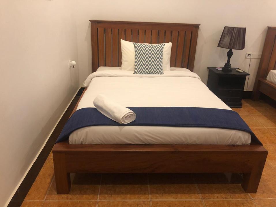 Twin Triple Room4.jpg