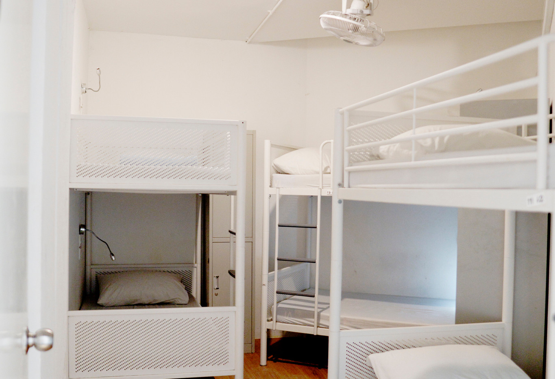 Room 302_9728.jpg