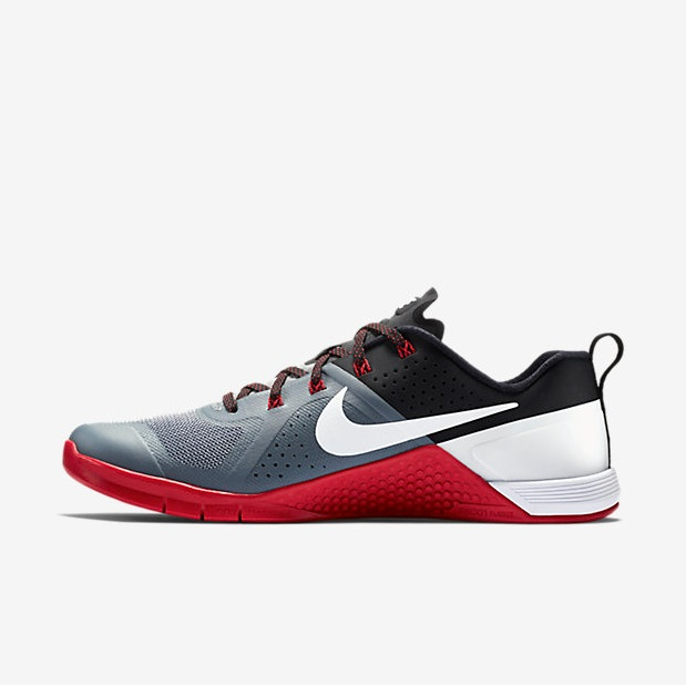 Nike Metcon 1 - Cool Grey, Black, University Red, White 3