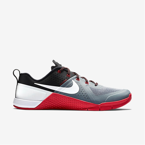 Nike Metcon 1 - Cool Grey, Black, University Red, White 1