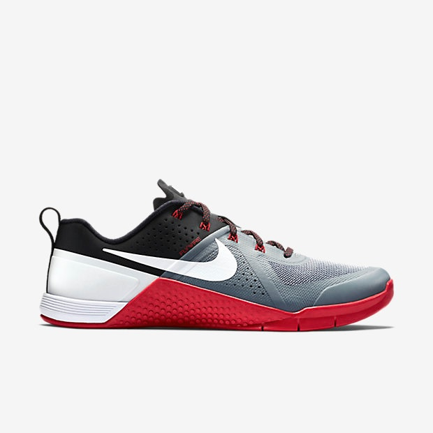 Nike Metcon 1 - Cool Grey, Black, University Red, White (704688-016)
