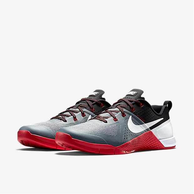 Nike Metcon 1 - Cool Grey, Black, University Red, White 5