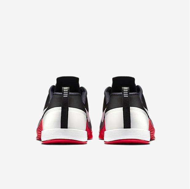 Nike Metcon 1 - Cool Grey, Black, University Red, White 6