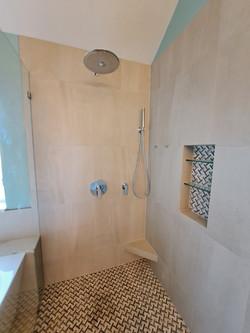 Barrier Free Walk-in Showers