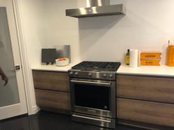 Line-N handleless kitchen cabinets
