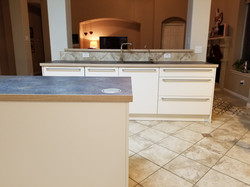 Contemporary countertop for kitchens