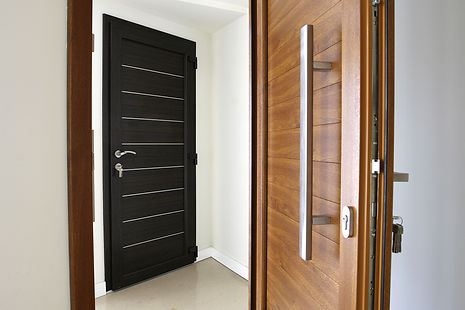 Entry door replacement has never been so easy. Europa Remodeling serve Katy, Houston and all of Texas. We offer high quality european front doors in modern & traditional styles. High security entrance doors are available in vinyl, wood and aluminum. Enhance your security! Lower your energy bill!
