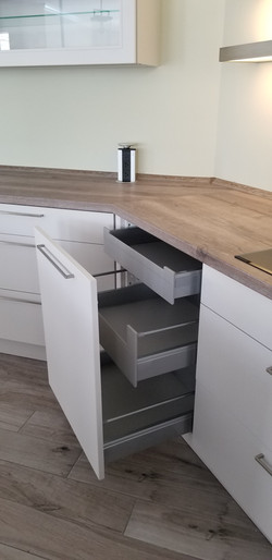 High capacity kitchen cabinets