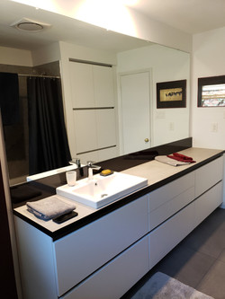 modern cabinets for bathrooms