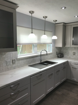 kitchen cabinets/ traditional style