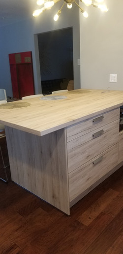 Kitchens and vanities from Germany