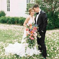 A Flower-Filled Spring Wedding in Texas (Martha Stewart Weddings)