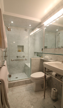 Bathrooms 10