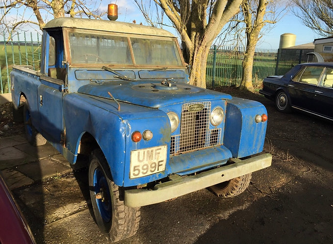 Land Rover Series IIA Pick-Up with Harvey Frost Winch (1967)