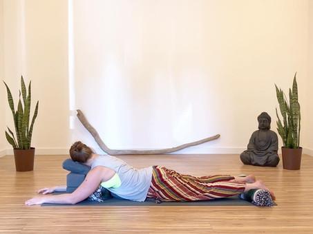 4 Benefits of Restorative Yoga