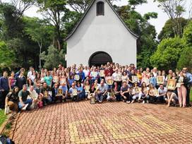 39 famílias coroam a Mãe de Deus