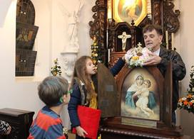 22 de agosto: A Igreja celebra nossa Rainha